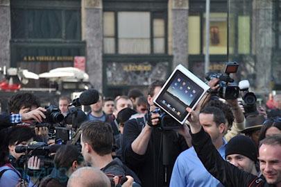 Vídeo: Desempaquetado y activación de un iPad directamente en la Apple Store 3