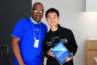 Desarrollador chino es asaltado durante la WWDC 2010 y Apple le obsequia un iPad nuevo 3