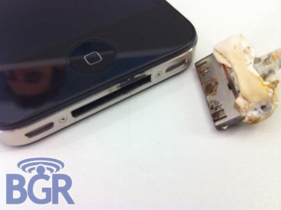 El primer iPhone 4 explota, culpan a un cable USB con defectos de fábrica 3