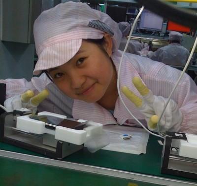 Trabajadores de las fábricas de Apple en China denuncian envenenamiento por vapores químicos 3
