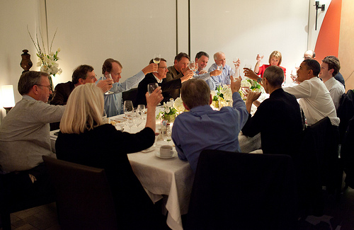 Los rumores sobre el estado de salud de Steve Jobs se desmienten, ayer cenó con Barack Obama 3
