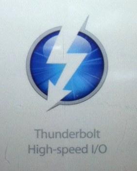 """Nuevos MacBook Pro: ¿Conexión Light Peak """"Thunderbolt"""", FaceTime-HD y puertos SDXC? 7"""