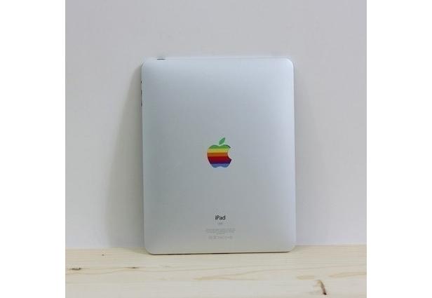 5 Accesorios que recuerdan al logo de Apple retro del arcoiris 12