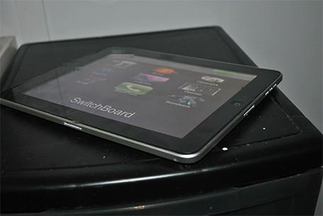 Un prototipo de iPad con dos docks se vende en Ebay 5