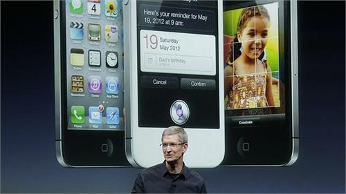 Tim Cook iPhone 2(1)