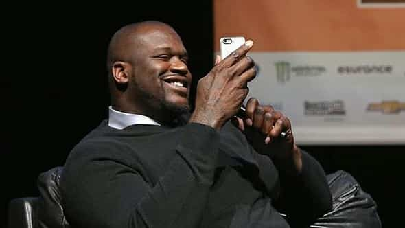 Shaquille O'Neal le pide el iWatch a Apple 2