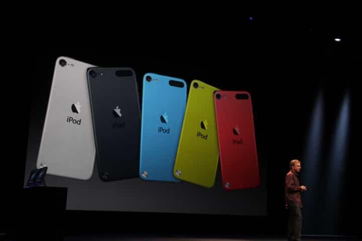 El iPod Touch de 16 GB suma colores y cámara iSight