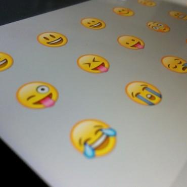 Emojli, habla a través de los emoticonos