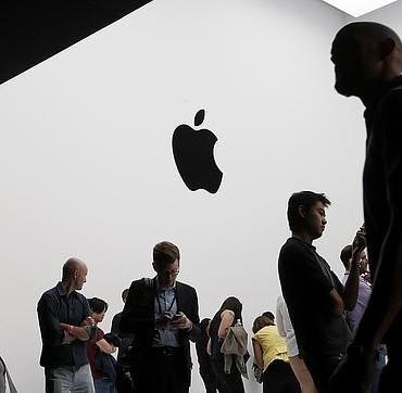 La Apple Store colapsa y complica la reserva del iPhone 6