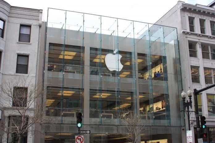 La Apple Store de Rusia cerrada por la caída del rublo 2