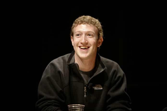 Mark Zuckerberg critica el precio del iPhone 2