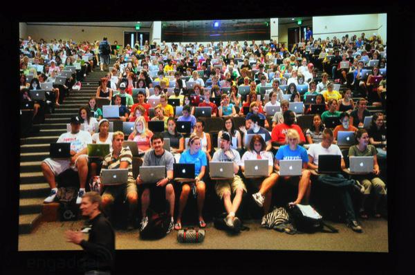apple-laptop-event-014.jpg