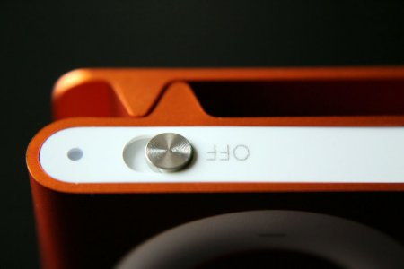 ipod-shuffle-2g-orange12.jpg
